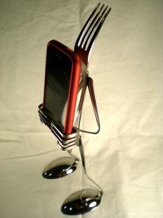 ipod fork holder (Sweet!)