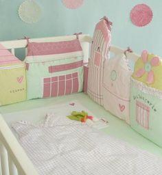 Tour de lit Dans ma rue/ Little Crevette Baby bed valance
