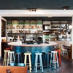 """{ YourLittleBlackBook } op Instagram: """"WEEKEND TIP! Om te vieren dat we weer binnen aan de bar kunnen genieten van een cocktail kun je alleen dit weekend van 18 t/m 20 juni de…"""" Bar, 20 Juni, Amsterdam Travel Guide, The Good Place, Cocktails, Restaurant, Instagram, Home Decor, Craft Cocktails"""