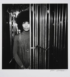 Angela Davis photographed by Hans Gedda (c. Black Poets, Angela Davis, Black Panther Party, Civil Rights Activists, Best Portraits, Wonderful Picture, Blog Writing, African American History, Photojournalism