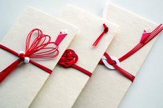 大切なお祝いに贈りたい!素敵なデザインご祝儀袋特集|箱庭 haconiwa|女子クリエーターのためのライフスタイル作りマガジン Beach Wedding Favors, Nautical Wedding, Bridal Shower Favors, Wedding Souvenir, Place Card Holders Diy, Gift Table, Groomsman Gifts, Craft Work, Origami