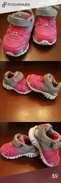 pink tennies Light wear in good condition!  No PP! No Trades! Smoke free home! Ships withing 48 hrs! Bundle to save on shipping! Resonable offers are considered low-balling will not! Shoes Sneakers