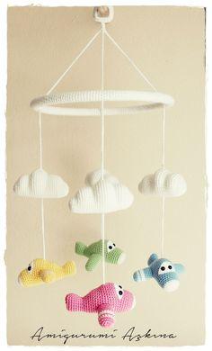 """diy_crafts-Amigurumi Plane Baby Mobile by Amigurumi Aşkına.jpg """"Ravelry: Amigurumi Plane Baby Mobile pattern by Tiny Mini Design"""", """"Amigurumi Crochet Baby Mobiles, Crochet Mobile, Crochet Baby Toys, Crochet Diy, Crochet Gratis, Crochet Amigurumi, Love Crochet, Amigurumi Patterns, Crochet For Kids"""