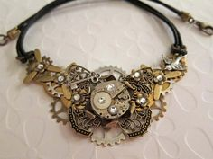 necklace! I love steampunk jewlery :) lots of gears and antique looks