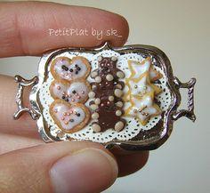 Miniature Christmas Cookies by PetitPlat - Stephanie Kilgast, via Flickr