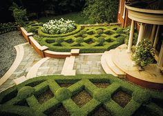Gardens That Beckon - Detroit Home Magazine - Detroit Home Magazine – Gardens That Beckon – Serene greens and paths to peace make up these no - Formal Garden Design, English Garden Design, Garden Landscape Design, Garden Landscaping, Landscape Designs, Lush Garden, Dream Garden, Formal Gardens, Outdoor Gardens