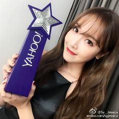 Jessica thanks fans for her Yahoo award