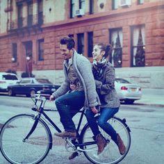 Отношения. Нашел быстро. Фото вызывает ощущение подруги для странствий, приключения и движения. Легкость, подвижность.