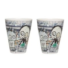 The playful Poul Pava thermo espresso cup 2-pack has a lovely pattern with some of Poul Pavas figures. The artist Poul Pava has a spontaneous style and is famous for his naive and childish illustrations. The different patterns have the same color palette and are easy to combine with each other. The thermo espresso cup has a double wall which avoids the cup being warm on the outside. Brighten your morning with a strong espresso in this stylish cup!