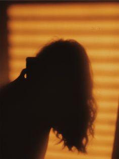 Bad Girl Aesthetic, Sky Aesthetic, Aesthetic Images, Aesthetic Photo, Aesthetic Wallpapers, Shadow Photography, Girl Photography Poses, Girl Photo Shoots, Girl Photo Poses