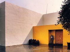 entrance of the 'Eduardo Prieto Lopez House' in Mexico City, 1945-50- Luis Barragan'