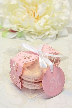 Shower Favors French Macaron Favor Boxes by IndayaniBakedGoods, $127.50 #BridalShowerFavors