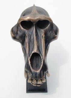 Decoratieve baboon baviaan schedel op standaard replica