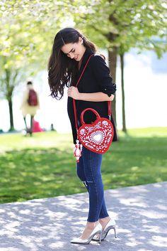 #luxury #handbag #petratoth #fashion #folklore #slavic Pet Rats, Folklore, Handbags, Luxury, Fashion, Moda, Totes, Fashion Styles, Purse