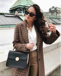 Retro Women Blazer Coat Fashion Plaid Button Lattice Suit Jacket with Shoulder Pads Jacket Office OL Autumn Blazers Urban Fashion, Boho Fashion, Winter Fashion, Fashion Outfits, Womens Fashion, Fashion Trends, Fashion Coat, High Fashion, Style Fashion