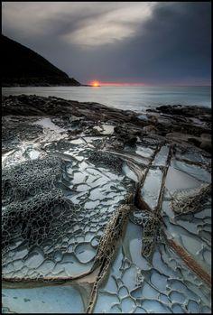 Wye River Rock Shelf    www.liberatingdivineconsciousness.com