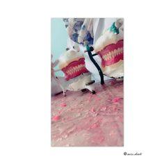 """Bei der """"Prothetischen Versorgung"""" ist die Prothese ein künstlicher Ersatz aus körperfremdem Material für ein fehlendes Körperteil.  Aufgabengebiet der zahnärztlichen Prothetik ist der Ersatz fehlender Zähne durch festsitzenden Zahnersatz oder herausnehmbaren Zahnersatz.  #medicine #medical #medicalstudent #medizin #medizinstudium #medizinstudent #zfa #zahnmedizin #violin #geige #violinist #zahnmedizinischefachangestellte #zahnmedizinstudium #zahnarzt #dental #dentist #dentistry…"""