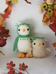This owl and baby are quick and don't take much yarn, and are good practice for your seaming skills. Knitting skills required include basic knit and purl stitches, and increases and decreases on both knit and purl sides.