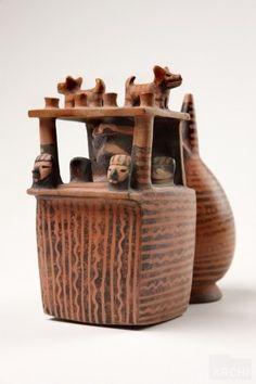 Botellas con diseños escultóricos e incisos   Cupisnique : Archivo Digital de Arte Peruano