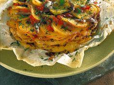 Teglia con olive e acciughe alla lucana : Scopri come preparare questa deliziosa ricetta. Facile, gustosa e adatta ad ogni occasione. Questo antipasto ha un tempo di preparazione di 1 ora .