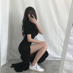 Korean Outfits, Girl Fashion, Korea Fashion, Korean Fashion Trends, Latest Fashion Trends, Fashion Models, Fashion Outfits, Womens Fashion, New Fashion