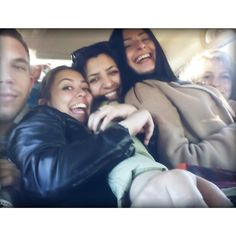 5 young people! Shit. #hitchhike #travel #hitchhiking #friends