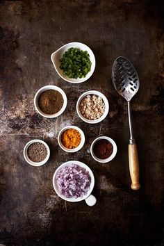 Food photography still life styling Spices. Raw Food Recipes, Indian Food Recipes, Cooking Recipes, Healthy Recipes, Food Photography Styling, Food Styling, Art Photography, Food Design, Gula