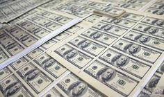 ارتفاع سعر صرف الدولار بسبب البرنامج الانتخابي…: وسع الدولار الأميركي من ارتفاعه في السوق الأوروبية الجمعة، مقابل سلة من العملات الرئيسية…