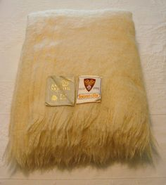 Toison d'Or Queen Size 100% Mohair Blanket Tags Ivory Cream Off White France