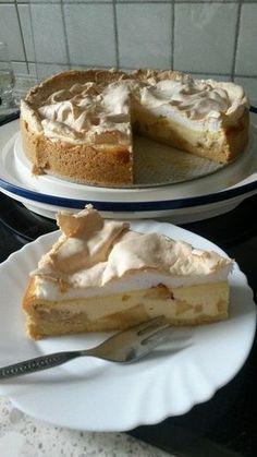 Apfel – Quark – Kuchen Apple quark cake, a nice recipe from the category baking. Cheesecake Recipes, Pie Recipes, Cookie Recipes, Dessert Recipes, Cheesecake Cookies, Food Cakes, Bon Dessert, Pudding Desserts, Easter Recipes