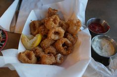 Some of the best seafood we had tried in a while, Calamari at Athenians, Seattle Calamari, Seattle, Seafood, Travelling, Ethnic Recipes, Sea Food, Octopus
