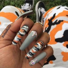 If your boyfriend or husband is a glorious soldier, I'm sure you'll like camouflage nail designs or camo nail designs. These are perfect attempts to use Camouflage Nail Design in another modern style. If you also like camouflage nail designs, look Aycrlic Nails, Hot Nails, Coffin Nails, Cardi B Nails, Manicure, Jamberry Nails, Nail Swag, Gorgeous Nails, Pretty Nails