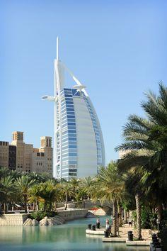 Dubai, Yhdistyneet Arabiemiraatit, Yhdistyneet Arabiemiirikunnat, kaupunkiloma, kaupunkimatka, matka, matkavinkit, metropoli, suurkaupunki, Burj Al-Arab, luksushotelli