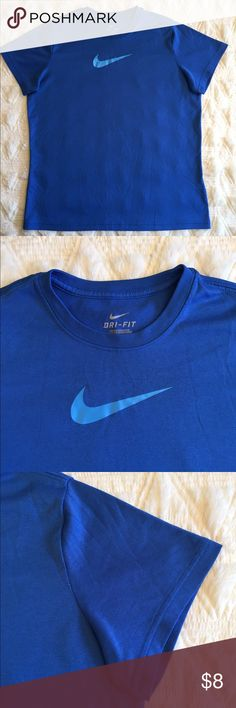 Nike Blue Boys T-Shirt Size XL Condition: Excellent pre-loved  Fabric: 100% Polyester  Item #SB618 Nike Shirts & Tops Tees - Short Sleeve