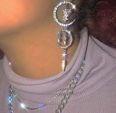 The hip hop jewelry fashions bear full testimony that this statement is true. As per the definition of the hip hop jewelry Cute Jewelry, Jewelry Box, Jewelry Accessories, Women Jewelry, Fashion Jewelry, Jewellery, Fairy Jewelry, Bold Jewelry, Trendy Jewelry