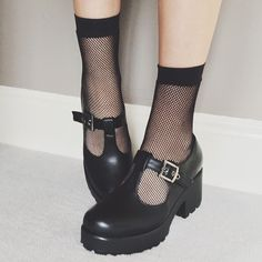 omg..I LOVED mine like these. Back in the days these were not Goth!