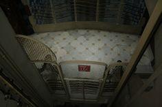 Ascensor de la Casa Batlló. Magical Pictures, Antoni Gaudi, Barcelona, Home Appliances, Building, Elevator, Houses, House Appliances, Gaudi
