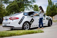 Carros autônomos são testados em entregas de pizza nos EUA