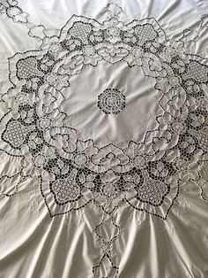 Vintage White Round Embroidered Tablecloth With Crochet Lace