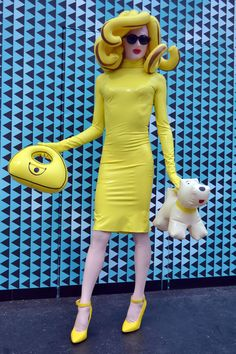 Costume Pandemonia is a character and persona created as conceptual art by an anonymous London-based Pop Art Fashion, Weird Fashion, High Fashion, Fashion Looks, Fashion Design, Mode Pop, Club Kids, Mellow Yellow, Up Girl