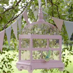 An Easy Garden Furniture Makeover