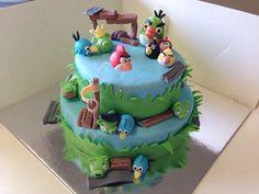 Angry birds cake #whippedwithlove #kidscake #cake #angrybirds