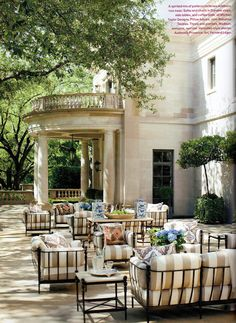 Stunning backyard patio and garden  Hydrangea Hill Cottage: Kelli Ford's Dallas Home