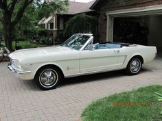 Old Cars And Lots Of Cool Car Stuff 1964 Ford Mustang Convertible – My Lucille 🙂 Ford Mustang 1965, Ford Mustang Convertible, Mustang Cars, Car Ford, Ford Mustangs, 1964 Ford, Classic Mustang, Ford Classic Cars, My Dream Car