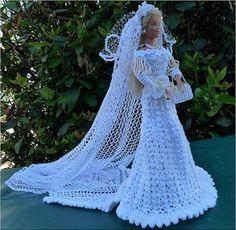 Barbie Wedding Dress, Wedding Doll, Crochet Doll Dress, Crochet Doll Clothes, Habit Barbie, Sewing Barbie Clothes, Wedding Dress Patterns, Glamour Dolls, Bride Dolls