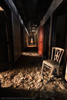 Abandoned Hotel (Detroit, Michigan)