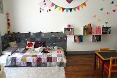 Are you looking for some fresh Montessori inspiration? I hope you enjoy these French Montessori bedrooms! They have lots of ideas, lots of colour and a little bit of whimsy. Above Montessori et Cie: L