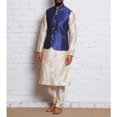 BLUE GOLD RAJNEETI KURTA PAJAMA SET