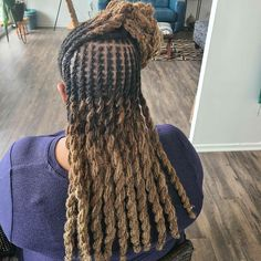 Natural Hair done Right Natural Hair Salons, Natural Hair Styles, Sisterlocks, Hair Studio, Dreadlocks, Beauty, Dreads, Beauty Illustration, Locs