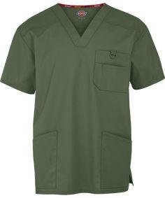 Dickies EDS Signature Men's Scrub Top & Men's Medical Scrubs Scrubs Outfit, Scrubs Uniform, Men In Uniform, Spa Uniform, Staff Uniforms, Medical Uniforms, Simple Shirts, Cool T Shirts, Medical Scrubs
